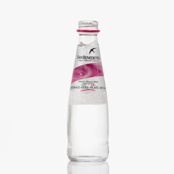 Минерална натурална вода Сан Бенедето 0,250 л. стъкло